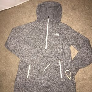 North face ~like Patagonia~ grey pullover